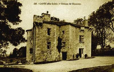 Château de Chazeaux à Lapte